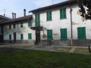 Foto - Rustico / Casale, da ristrutturare, 200 mq, Azzano D'Asti