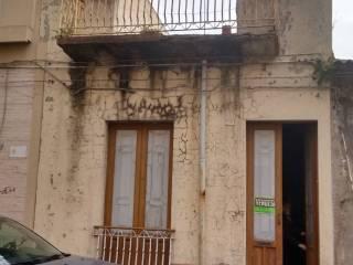 Foto - Palazzo / Stabile via Senia 128, Vittoria