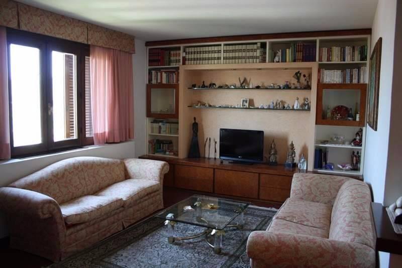 Vendita Villa unifamiliare in piazza Giuseppe Giusti 55 ...