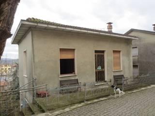 Foto - Palazzo / Stabile tre piani, da ristrutturare, Vernasca