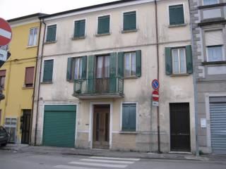 Foto - Palazzo / Stabile via Cà Cima 8, Adria