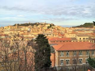Foto - Appartamento buono stato, piano rialzato, Capodimonte, Ancona