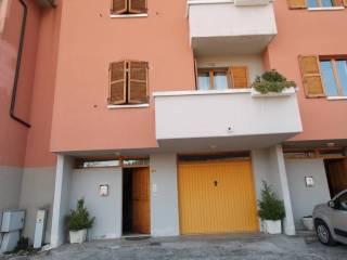 Foto - Villetta a schiera viale Giovanni Bovio 37, Fabriano