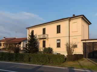 Foto - Villa via Novara 14, Borgolavezzaro