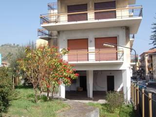 Foto - Palazzo / Stabile via Re Martino 238, Aci Castello