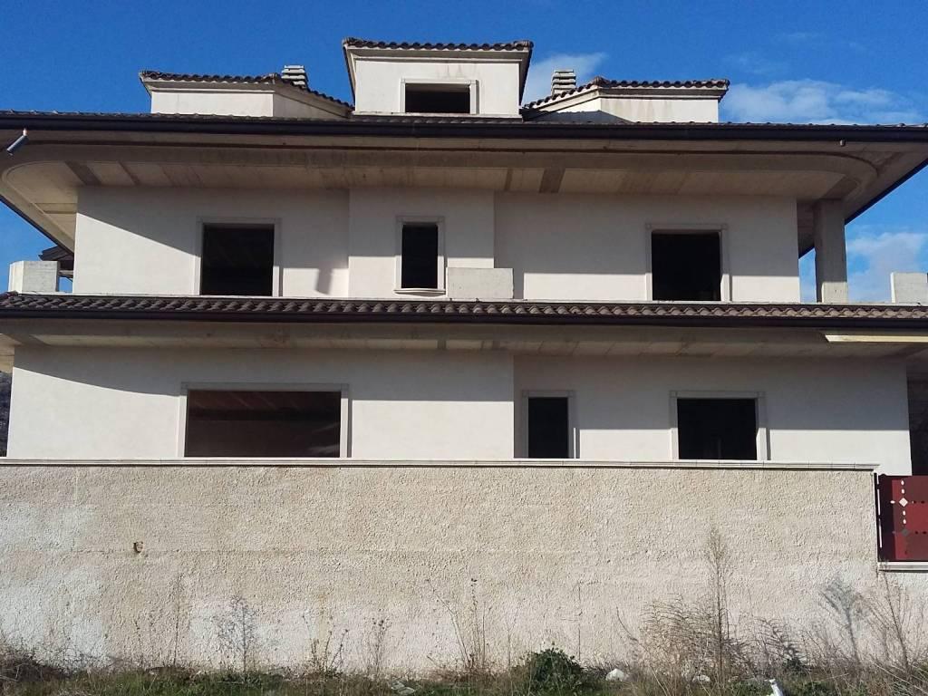 foto  Terraced house Strada vicinale del limite, San Giovanni Rotondo