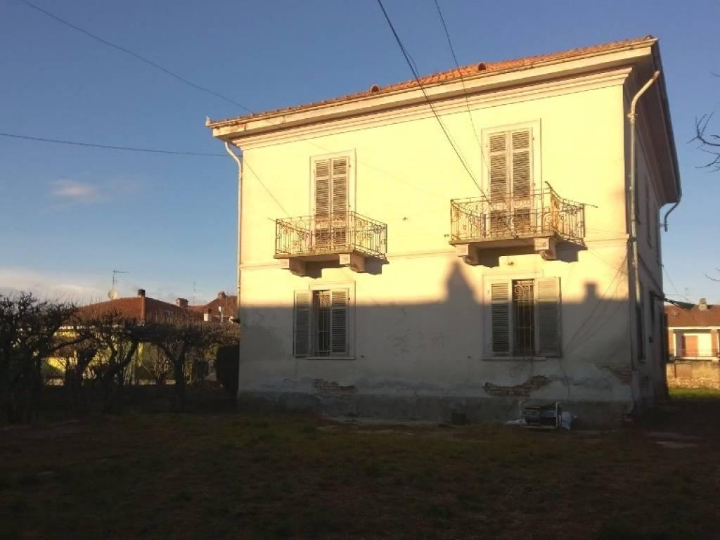 foto  Villa unifamiliare via Giuseppe Mazzini 30, Borgo d'Ale