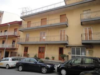 Case in Affitto: Ragusa Trilocale buono stato, secondo piano, Ragusa