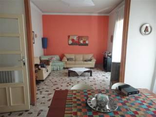 Case in Affitto: Ragusa Quadrilocale da ristrutturare, primo piano, Ragusa
