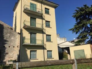 Foto - Palazzo / Stabile via Molini, Castellaro Lagusello, Monzambano