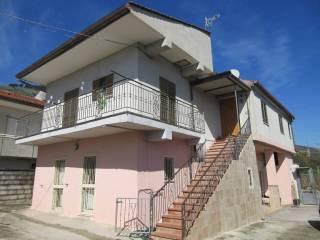 Foto - Palazzo / Stabile due piani, buono stato, Maddaloni