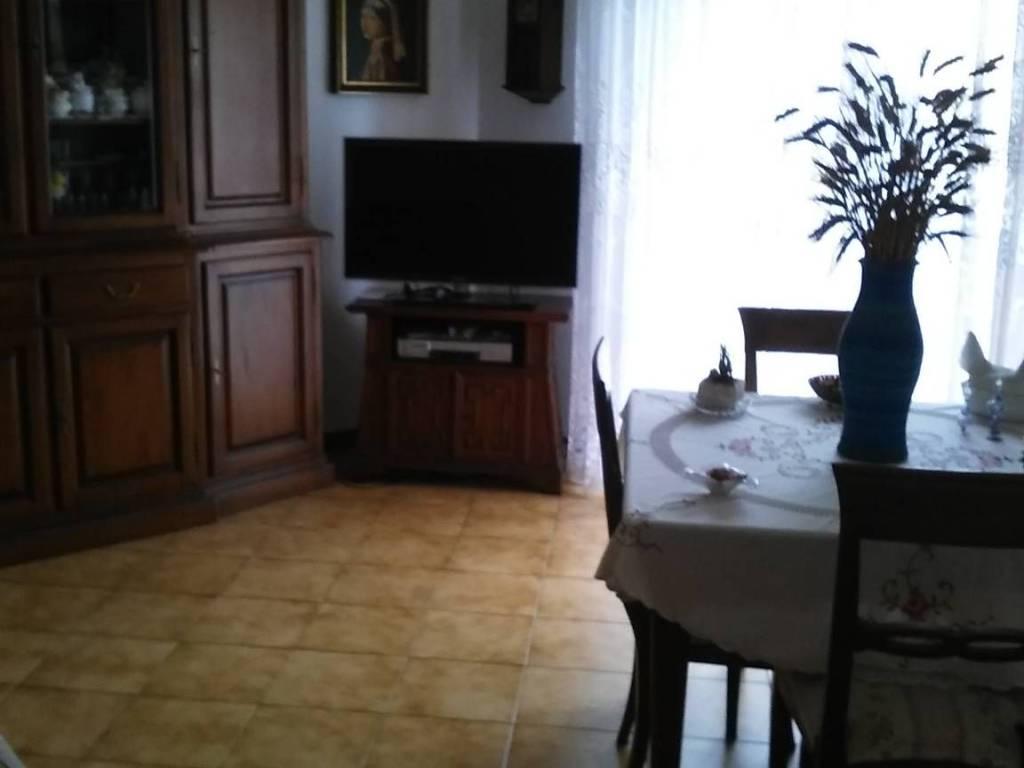 foto salotto Quadrilocale via Giuseppe Di Vittorio 12, Pontedera