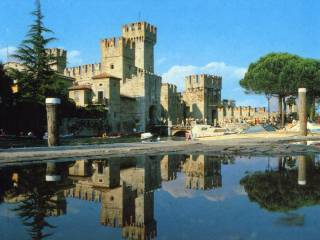 Foto - Palazzo / Stabile due piani, buono stato, Sirmione
