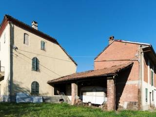 Foto - Casa indipendente via Roma 1, Serralunga Di Crea