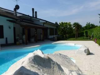 Foto - Villa via Sant'Ilario, Pietra Marazzi