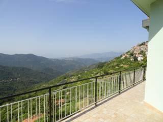 Foto - Villa via Taggiasco 20, Baiardo