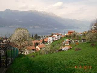 Foto - Terreno edificabile residenziale a Bellano