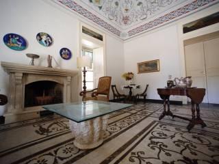 Foto - Palazzo / Stabile tre piani, ottimo stato, Modica