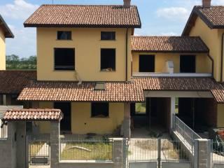 Foto - Villa via Nilde Iotti, Chignolo Po