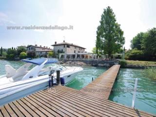Foto - Palazzo / Stabile via Verona 2, Sirmione