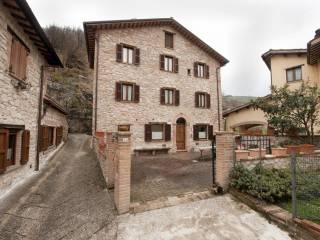 Foto - Rustico / Casale frazione Rocca, Montemonaco
