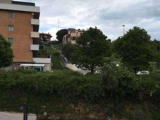 Foto - Trilocale buono stato, secondo piano, Questura, Ancona