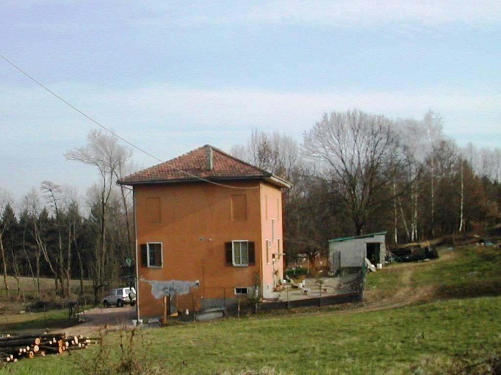 foto casa Casa indipendente via Franco Mario Magistrani 2, Maggiora