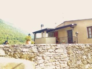 Foto - Palazzo / Stabile via Monte Grappa 20, Costa, Nasino