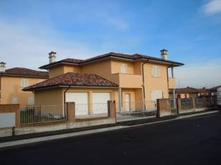 Foto - Villa Armida Barelli 1, Roncaro