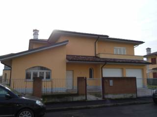 Foto - Villa via Livatino, Roncaro