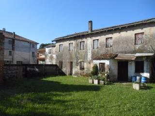Foto - Rustico / Casale, da ristrutturare, 400 mq, Povegliano