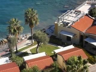 Foto - Villa bifamiliare Strada Statale 1 via Aurelia 30, Arziglia, Madonna della Ruota, Bordighera