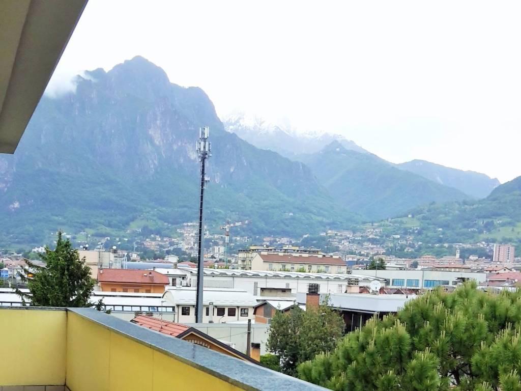 foto  Trilocale via della Pergola, Lecco
