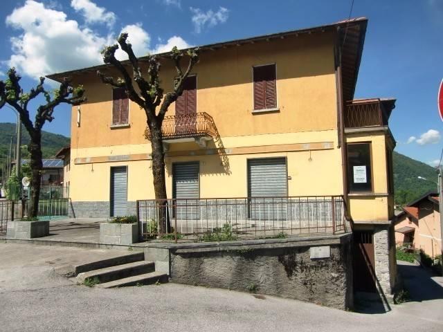 foto  Casa indipendente via San Valeria, Rezzago
