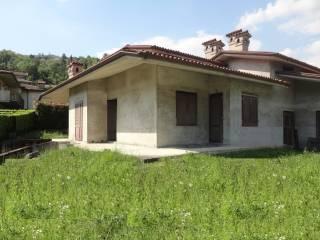 Foto - Villa via G  B  Moroni 21, Casazza