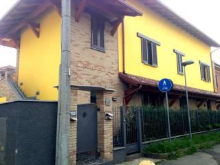 Foto - Bilocale via Cesare Battisti, Vanzago