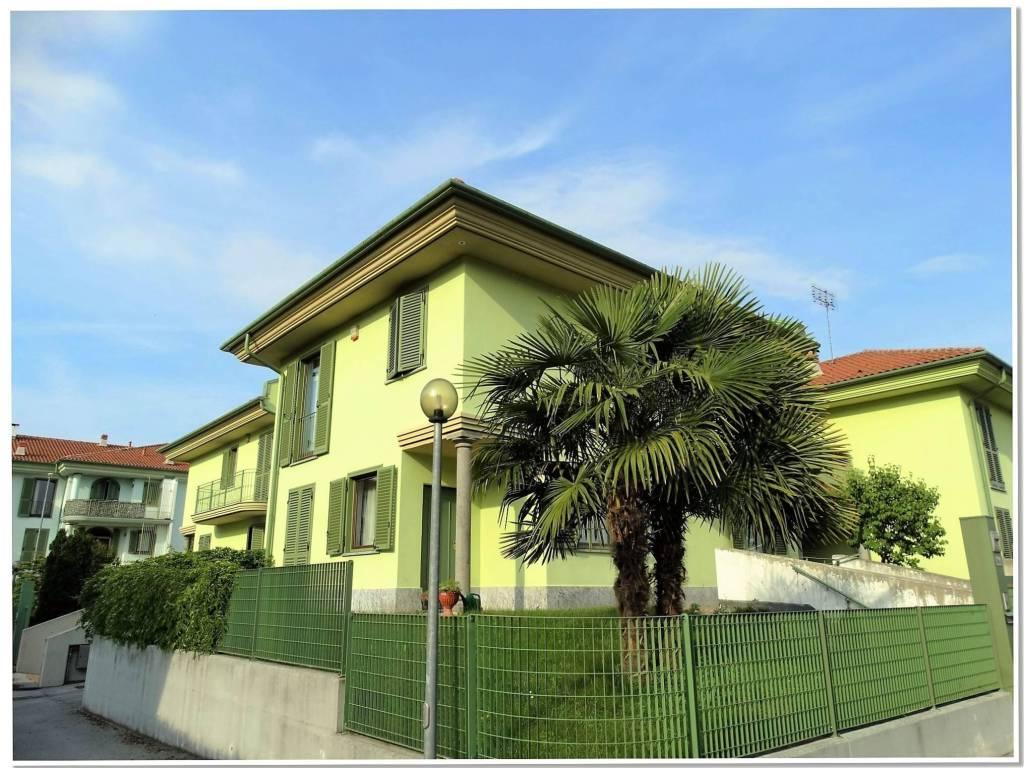 foto  Single family villa via Monsignor Scalafiotti, Manta