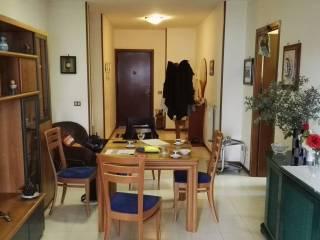 Foto - Trilocale via Taddeo da Sessa 14, Centro Direzionale, Napoli