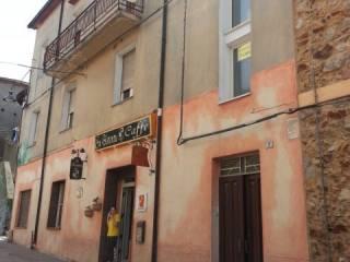 Foto - Palazzo / Stabile via Umberto 8, Fonni