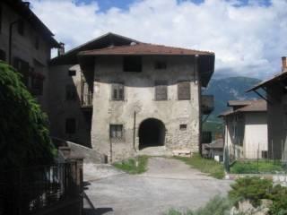 Foto - Casa indipendente 420 mq, da ristrutturare, Segno, Predaia