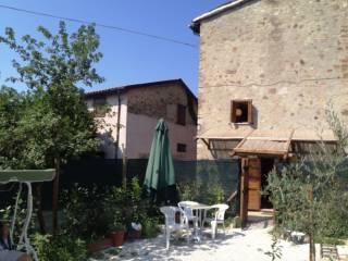 Foto - Casa indipendente frazione Pian San Martino 111, Pian Di San Martino, Todi
