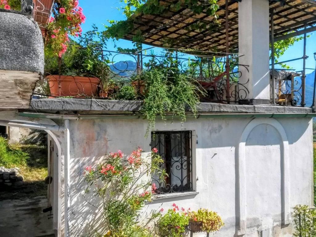 Ufficio Casa Domodossola : Vendita casa indipendente in borgata castanedo domodossola