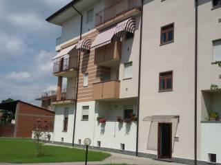 Foto - Bilocale Strada Monte Rosa 11, Romentino