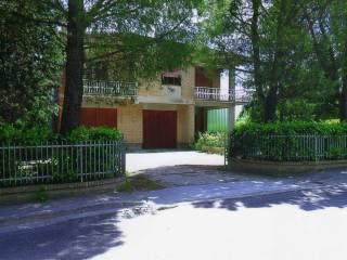 Foto - Casa indipendente via Don Luigi Sturzo 29, Chiesanuova, Treia