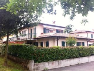 Foto - Trilocale via B  Corbarelli, Bossotti, Calcinato