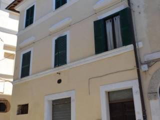 Foto - Quadrilocale corso Umberto 43-47, Collevecchio