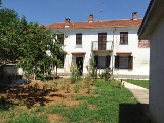 Foto - Casa indipendente via Circonvallazione, Cellarengo