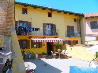 Foto - Casa indipendente via XXIV Maggio 15, Buttigliera D'Asti