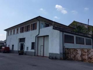 Foto - Palazzo / Stabile due piani, buono stato, Cremosano