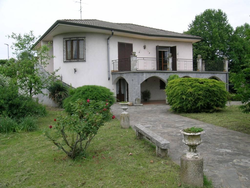 foto FACCIATA Single family villa Cascina Vignole, Casaleggio Novara